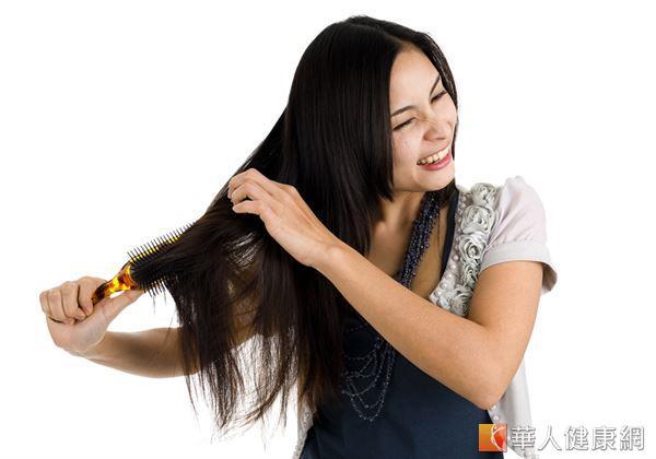 [新聞] 當心!5NG習慣頭髮毛燥無法救