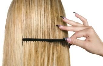 [新聞] 6種方式搞定蓬鬆OR扁塌頭髮擁有柔順秀發