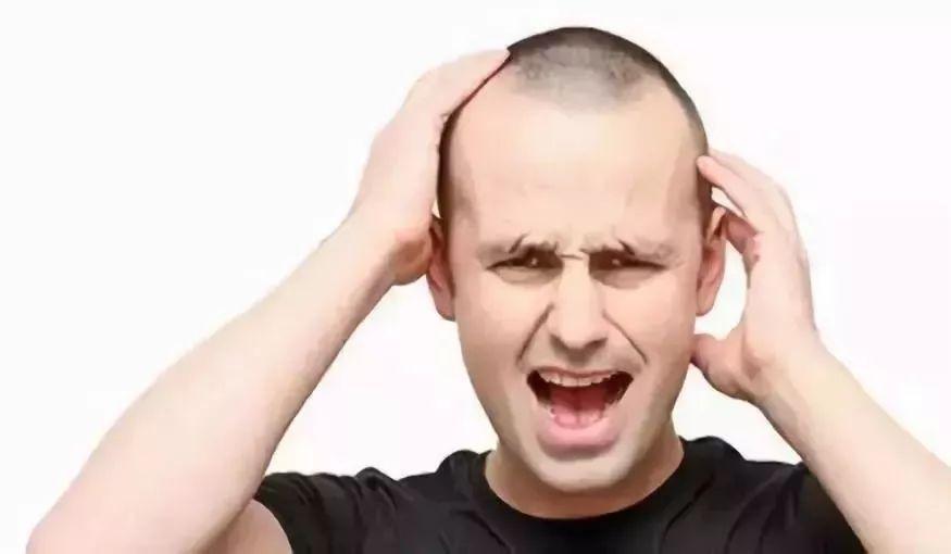 頭髮稀疏、斑禿、地中海?每天堅持1個動作,長出一頭新黑髮