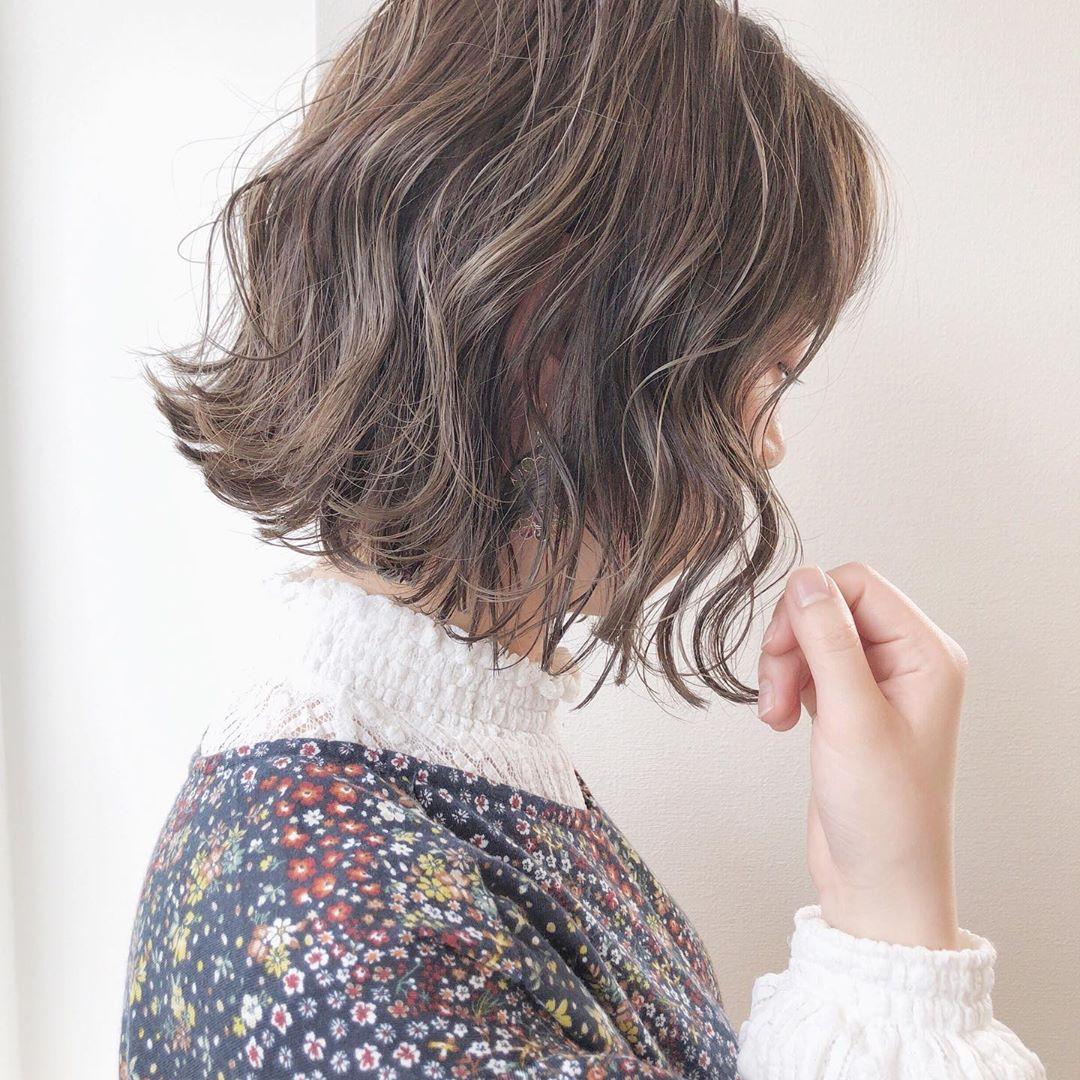 臉盤子大頭髮稀少適合什麼髮型?如何才能讓頭髮變的濃密起來呢?