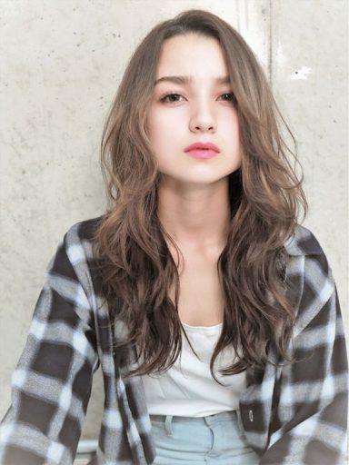 長髮女生的參考髮型,氣質又溫婉,一改土老帽的黑長直